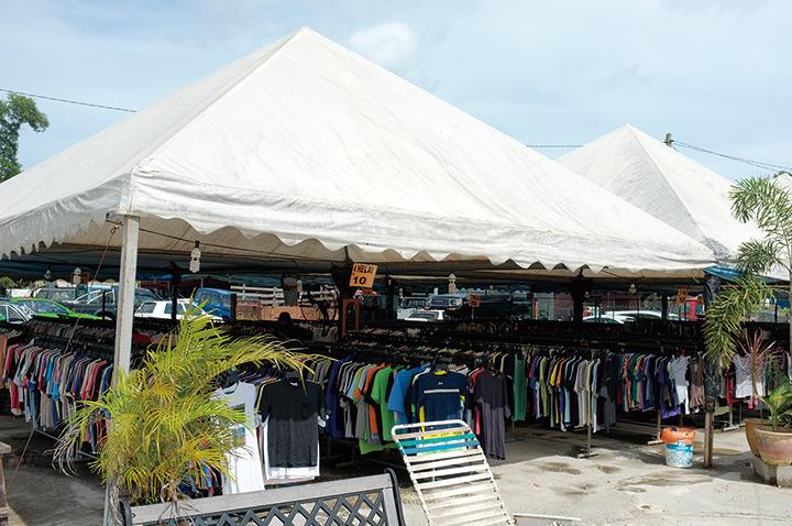5.世界各地の古着マーケットに並ぶことで、あなたの衣類もふたたび世界のどこかで誰かのお気に入りとして使われます。